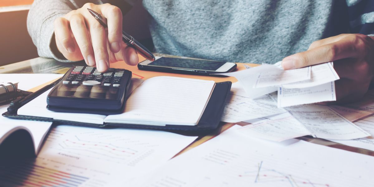 Calculating excess mileage charges